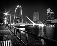 Lovers in Puerto Madero